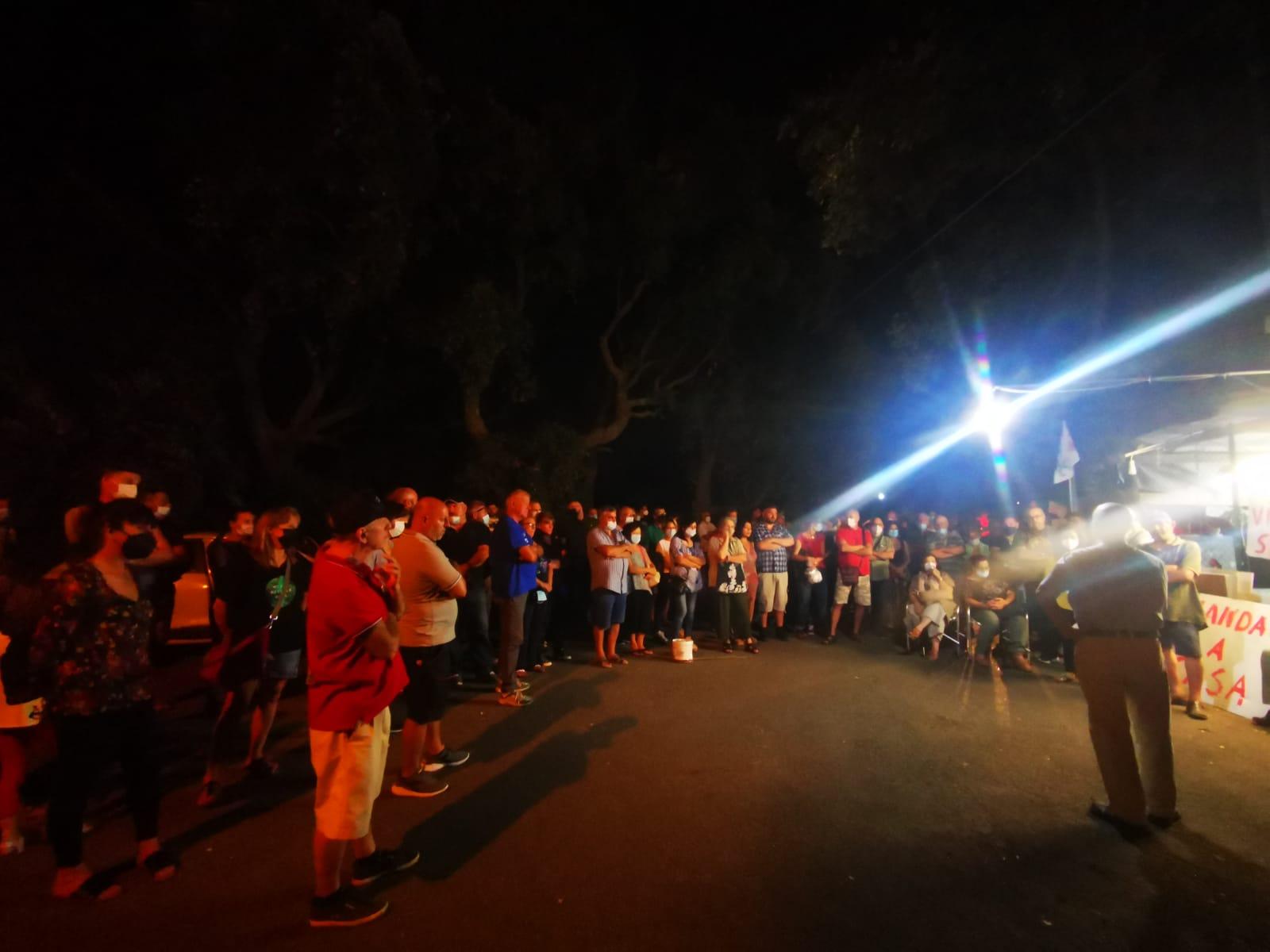 Discarica Roncigliano, circa 250 persone presenti al presidio di ieri sera