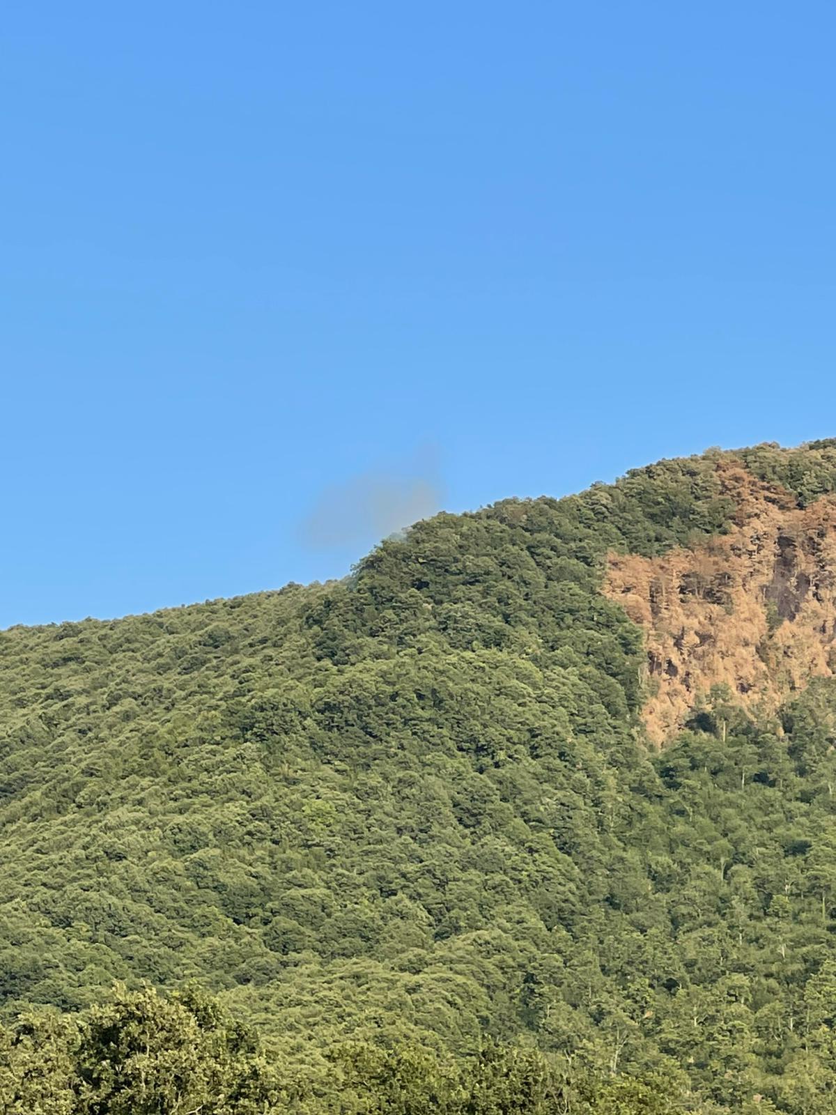 Velletri, riprende a bruciare nel pomeriggio la vetta del Monte Artemisio