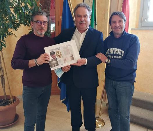 Velletri, famiglia Matteo Demenego dona alla città una targa ricordo