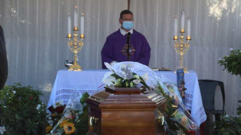 Nettuno, celebrati i funerali di Angelo Licheri: Tentò di salvare Alfredino Rampi