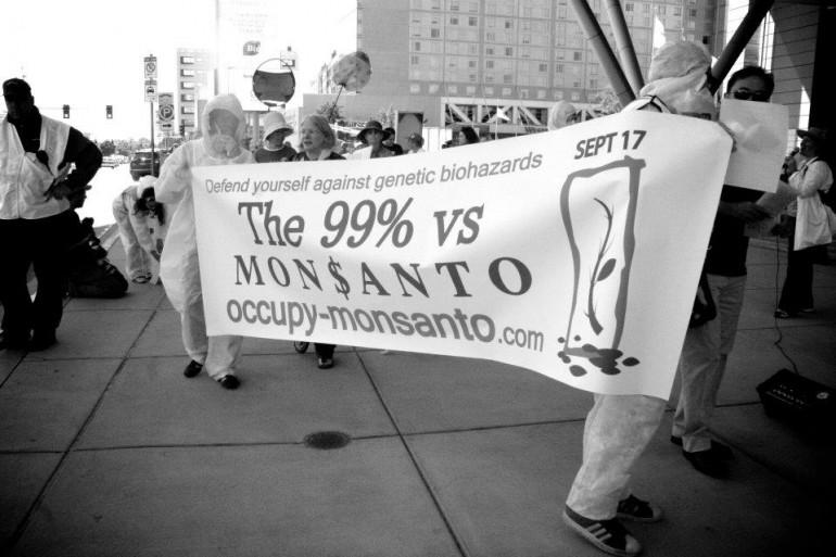 """""""La Monsanto ci ha imbrogliati e sfruttati"""""""