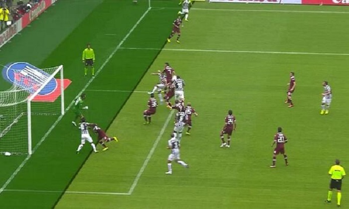 Il gol in fuorigioco che ha deciso l'ultimo derby torinese