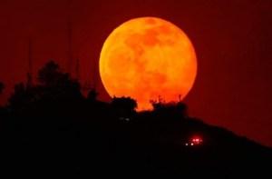 Read more about the article Έρχεται το «Ματωμένο Φεγγάρι» με την Μεγαλύτερη Σεληνιακή Έκλειψη του Αιώνα