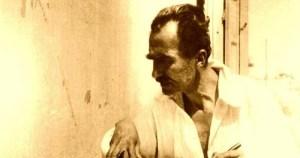 Read more about the article Νίκος Καζαντζάκης: Στην αγάπη είναι ένας. Σμίγουν οι δύο και γίνονται ένα. Δεν ξεχωρίζουν. Το εγώ και το εσύ αφανίζονται.