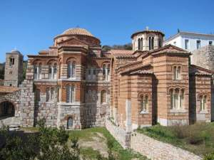 "Read more about the article Η ""Αγιά Σοφιά"" της Ελλάδας που κλείνει 1000 χρόνια ζωής! (Photos)"