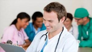 Read more about the article 8 «κόλπα» των γιατρών για να μην αρρωσταίνουν ποτέ!!!