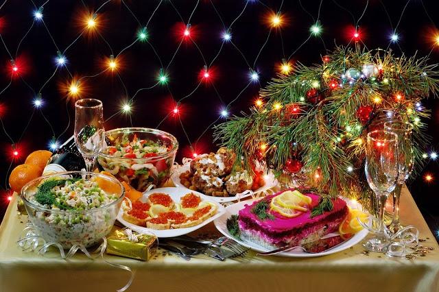 Ο διατροφικός οδηγός των Χριστουγέννων και της Πρωτοχρονιάς