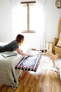 Read more about the article Πως να φτιάξετε ένα εντυπωσιακό διακοσμητικό παγκάκι για το σπίτι!