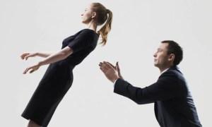 Read more about the article Τα 4 ζώδια που έχουν τεράστια θέματα εμπιστοσύνης