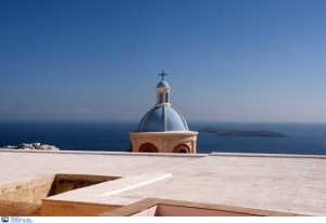 Read more about the article Telegraph: Η Ελλάδα είναι η χώρα που θα πάμε μετά την καραντίνα