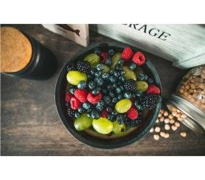 Τα φρούτα που θα σας βοηθήσουν να χάσετε βάρος