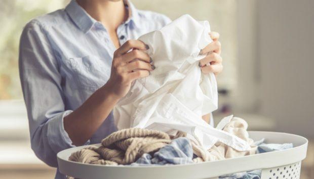 Αν σας Τελείωσε το Απορρυπαντικό Ρούχων, Κάντε Αυτό!
