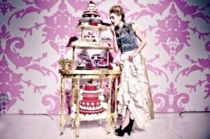 Πώς να κρατηθείς και να μην φας ένα δεύτερο κομμάτι κέικ