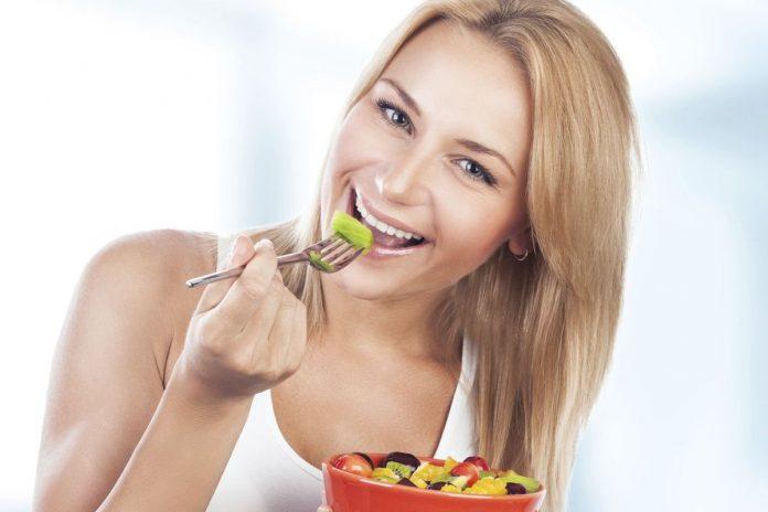 Read more about the article Χάστε ευκολότερα κιλά υιοθετώντας αυτές τις συνήθειες
