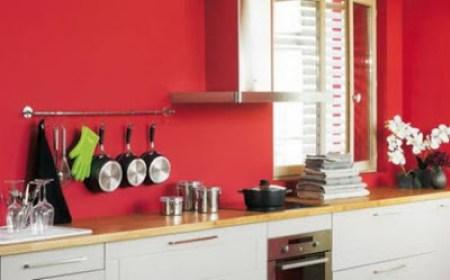 Τα χρώματα που δείχνουν μεγαλύτερη την κουζίνα σου