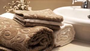 Read more about the article Κάντε τις Πετσέτες σας Απαλές και Μυρωδάτες με αυτόν τον Τρόπο!