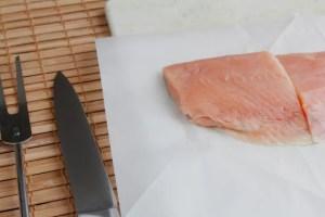 Read more about the article Πώς να Απαλλαγείτε από τη Μυρωδιά του Ψαριού Μετά το Μαγείρεμα