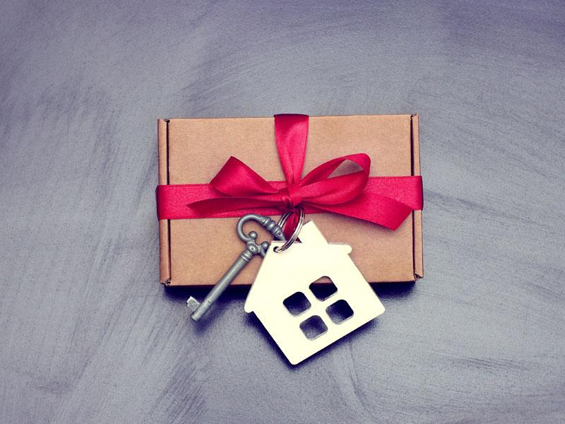 Donazione immobili: regalare una casa ai figli minorenni