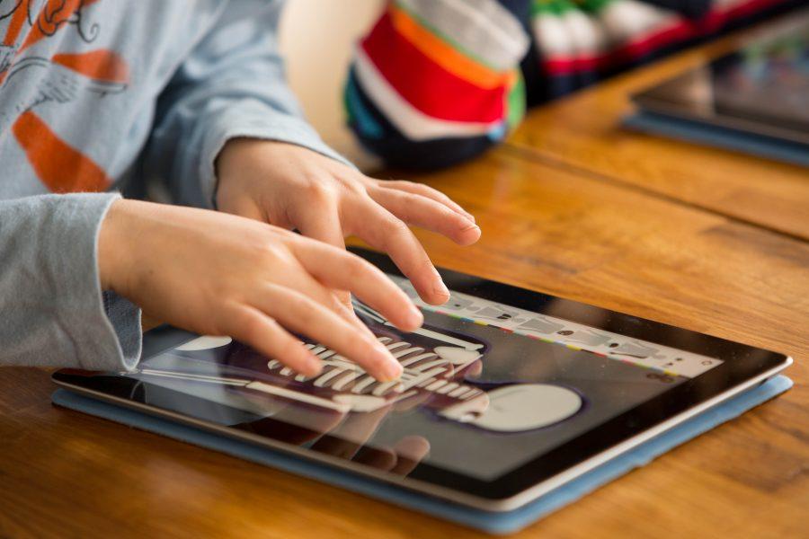 Serve un aiuto per fare i compiti delle vacanze? Ecco le app giuste!