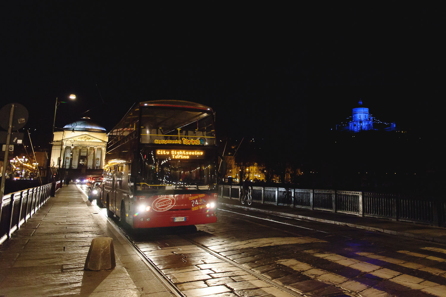 GG 1 dic luci d artista special tour city sightseeing 2