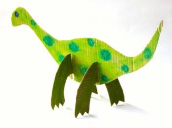Sono dinosauri, sono di cartone