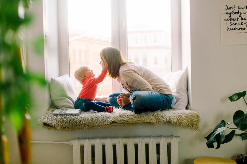 Babysitter ai tempi del coronavirus: ma è così facile trovarne una?