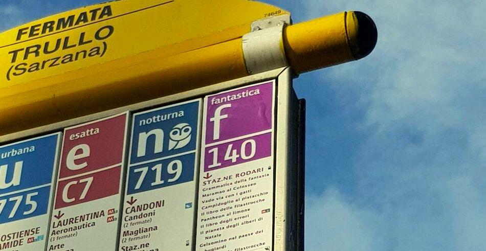 F140, la linea di bus fantastica di Gianni Rodari si trova a Roma