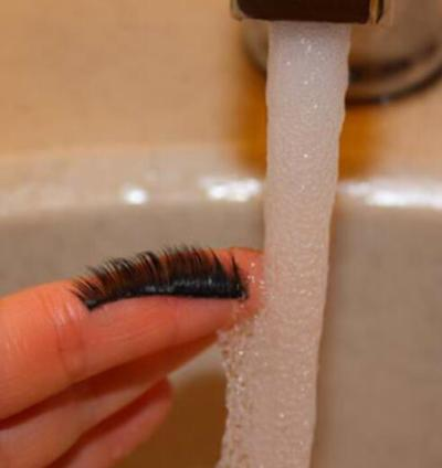 Giovanni high quality mink hair can be washed directly with water, you can clean the eyelashes with water
