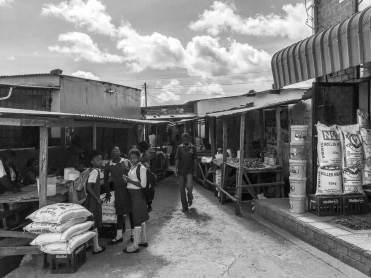 Auf dem Markt in Mpika