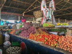 Auf dem Markt in Iringa in Tansania