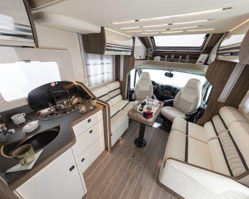 Caravansinternational__Riviera_67_XT___Semintegrale__Camper__42__a900x900