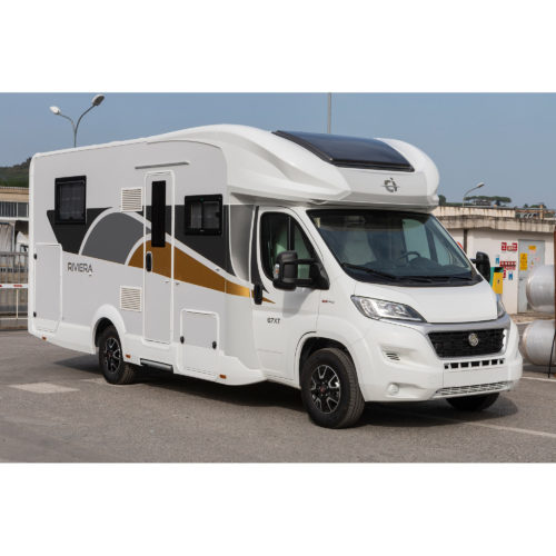 Caravansinternational__Riviera-67-XT-__Semintegrale__Camper-(3)