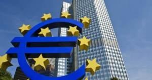 Inflazione ed euro stringono la BCE in un vicolo cieco