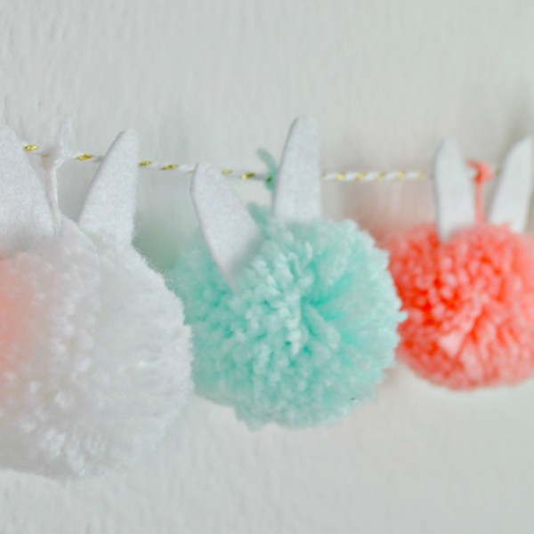 Bunny DIY Pom Pom Garland Tutorial