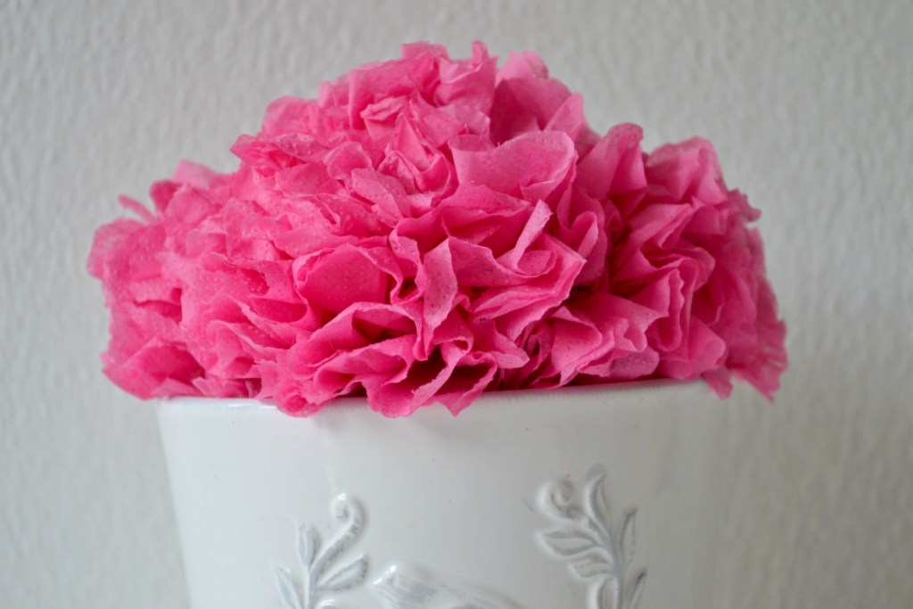 Flower making with napkins wreaths garlands girl about townhouse flower making with napkins wreaths garlands mightylinksfo