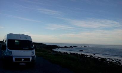 campervan-beach-new-zealand