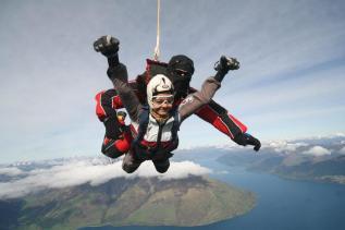 sky-dive-new-zealand