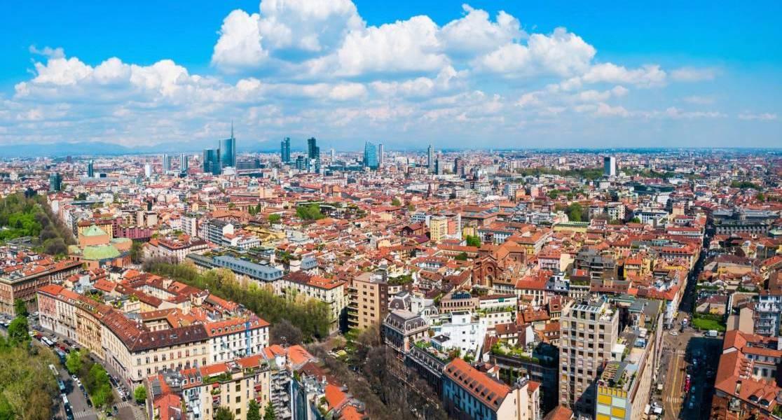 Milan Travel blog scaled