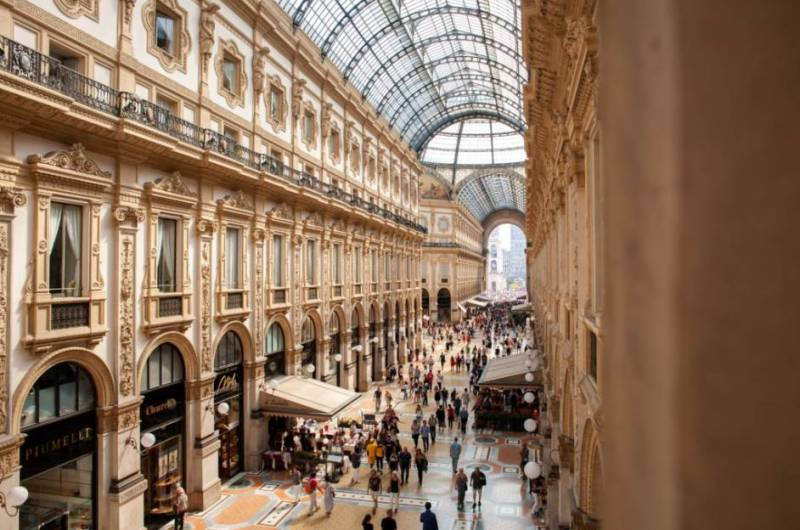 galleria vittorio emanuele ii shopping mall