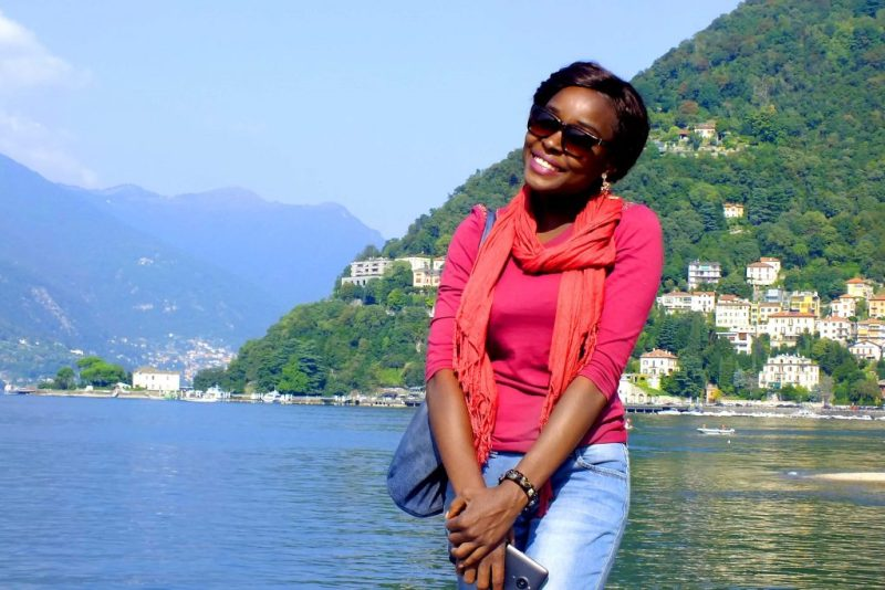 Posing against the gorgeous scenery of Lake Como