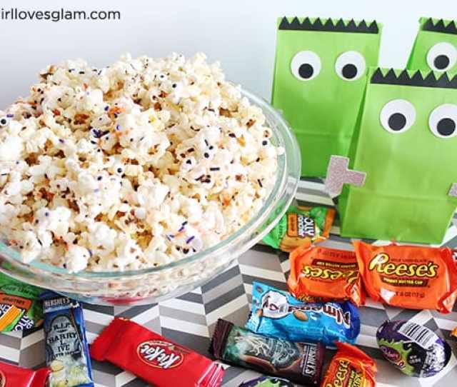 Halloween White Chocolate Popcorn And Frankenstein Bags On Www Girllovesglam Com