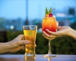 キャバクラで働くなら必見!お酒の作り方や名称、種類ごとのマナーを紹介