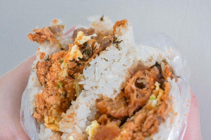 【台北東區早餐】上順興香Q飯糰:人氣隱藏版巨無霸蔥油餅飯糰&佛系飯糰,一顆抵兩餐超飽足/食尚玩家推薦 @女子的休假計劃