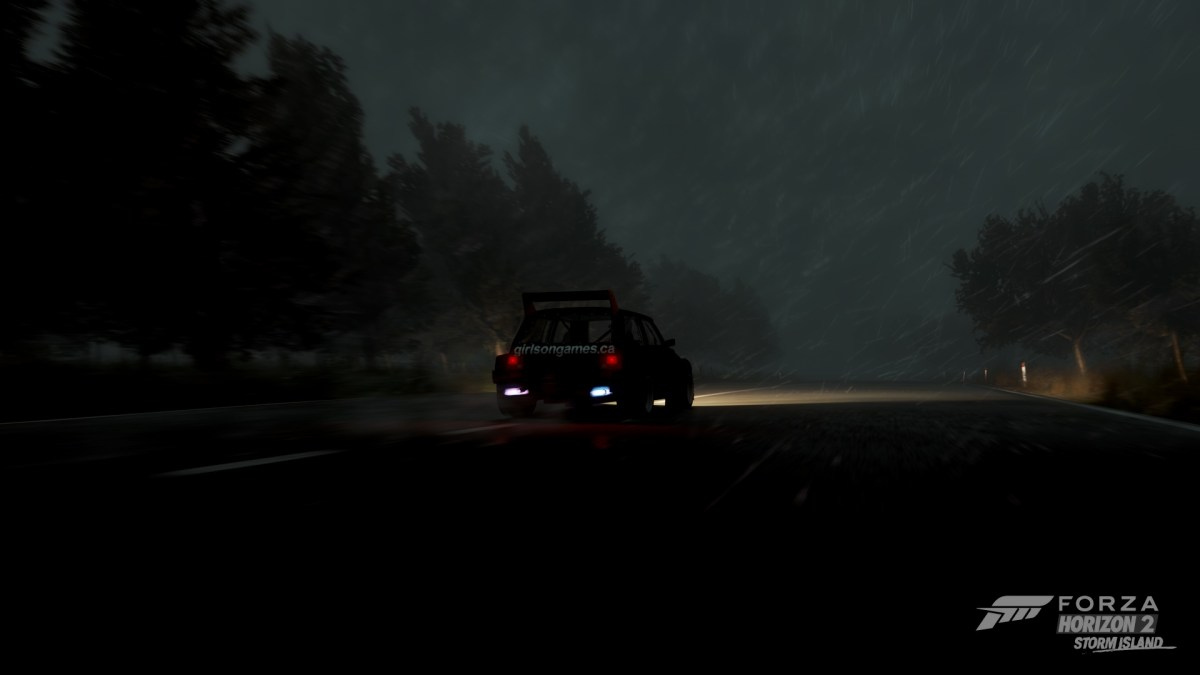 in the eye of the storm in FH2 Storm Island