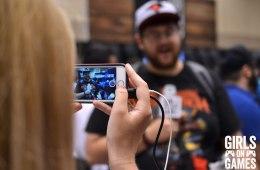 Ali filming fan reactions at Fan Expo 2015.