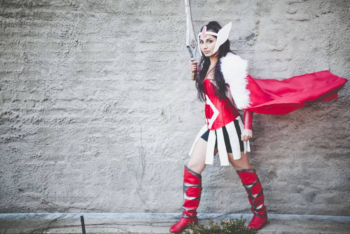 Rosie Stormborn Cosplay as Lady Sif - Lost Dumplings Photography