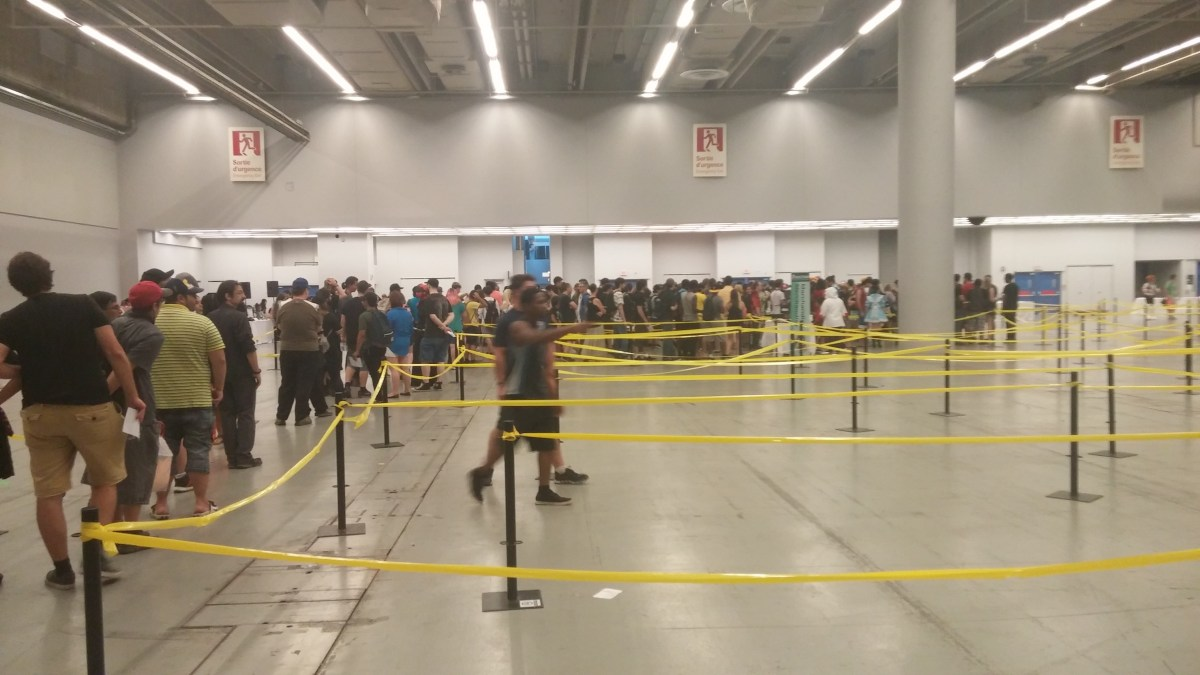 The insane waiting line at Otakuthon