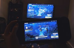 Fortnite Switch and Xbox One cross-play (photo by Leah Jewer / Girls on Games)
