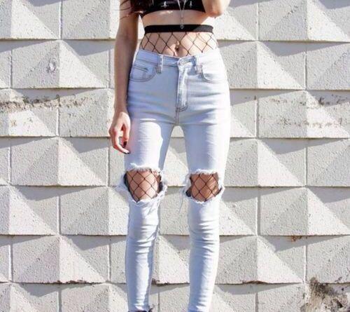 Cosa mi metto oggi? Jeans e calze a rete!