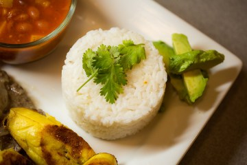 Puerto Rican Recipes: a photo of the rice & beans